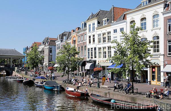 Nederland Leiden  2016  06 24 .  De Nieuwe Rijn  in Leiden.  Foto Berlinda van Dam / Hollandse  Hoogte