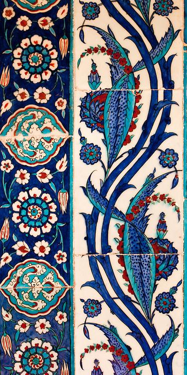 Iznik 08 - Stylized flower and leaf motifs on Iznik tiles in Rustem Pasa Mosque, Eminonu, Istanbul, Turkey