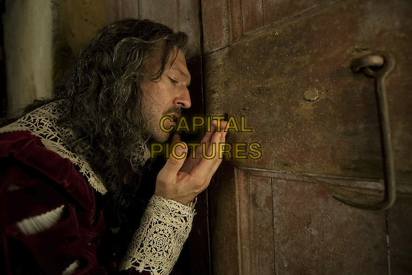 Tale of Tales (2015)<br /> (Il racconto dei racconti)<br /> Vincent Cassel<br /> *Filmstill - Editorial Use Only*<br /> CAP/KFS<br /> Image supplied by Capital Pictures