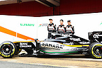 22.02.2016 Circuit de Catalunya, Barcelona, Spain. Formula 1 test days. The VJM09 lauching in the pit lane with Sergio Perez and Nico Hulkenberg