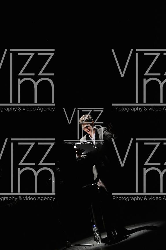 """BOGOTÁ-COLOMBIA-02-04-2014. Lecturas brasileñas, obra """"Quiebrahuesos"""" de Julia Spadaccini presentada en  La Casa del Teatro Nacional; obra participante del XIV Festival Iberoamericano de Teatro de Bogotá 2014./ Brazilian Readings, work """"Quiebrahuesos"""" of Julia Spadaccini from Brazil presented at La Casa del Teatro Nacional that is as a part of  schedule of the XIV Ibero-American Theater Festival to be Helm in Bogota 2014.  Photo: VizzorImage/ Gabriel Aponte /Staff"""