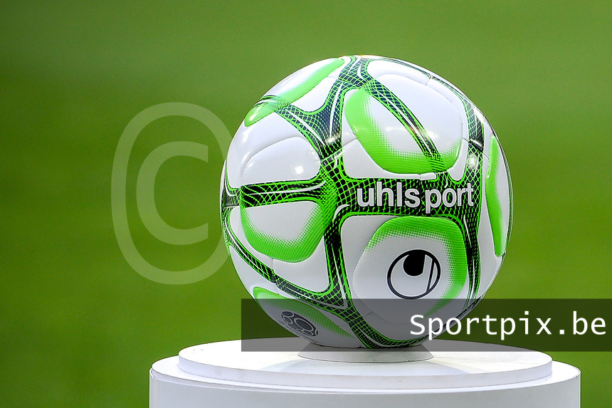 20191221 - LENS , FRANCE : matchball pictured before the soccer match between Racing Club de LENS and Niort , on the 19 th matchday in the French Ligue 2 at the Stade Bollaert Delelis stadium , Lens . Saturday 21 December 2019. PHOTO STIJN AUDOOREN | SPORTPIX.BE