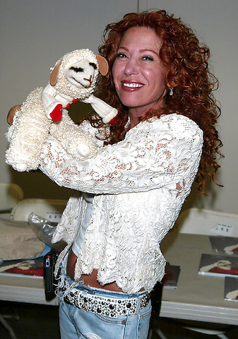 Lambchop & Mallory Lewis (daughter of Shari Lewis) participating in the Big Apple Comic Book, Toy and Art Show at the Penn Plaza Pavilion in New York City. June 23, 2007 © Joseph Marzullo / MediaPunch