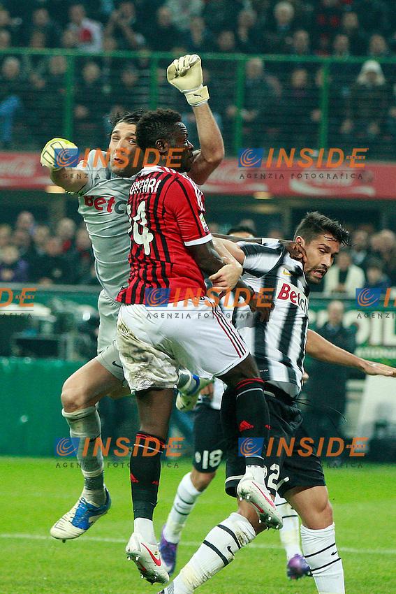 "Gianluigi Buffon Juventus Sulley Muntari Milan.Milano 25/02/2012 Stadio ""S.Siro"".Football / Calcio Serie A 2011/2012.Milan vs Juventus.Foto Insidefoto Paolo Nucci"