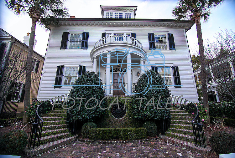 A historic home in Charleston, N.C., seen Sunday, March 8, 2015.<br /> Photo by Cathleen Allison