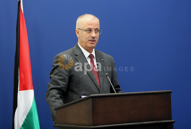 Palestinian prime Minister, Rami Hamdalah, speaks during a press conference on the reconstruction of Gaza strip, in the West bank of Ramallah on April 13, 2016. Photo by Prime Minister Office
