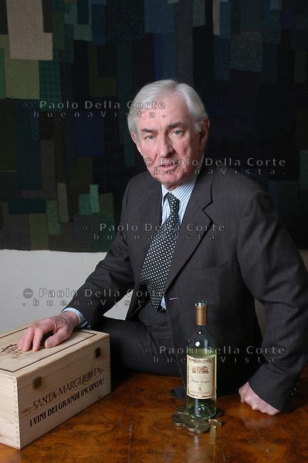 Il Conte Paolo Marzotto nel suo ufficio a Vicenza