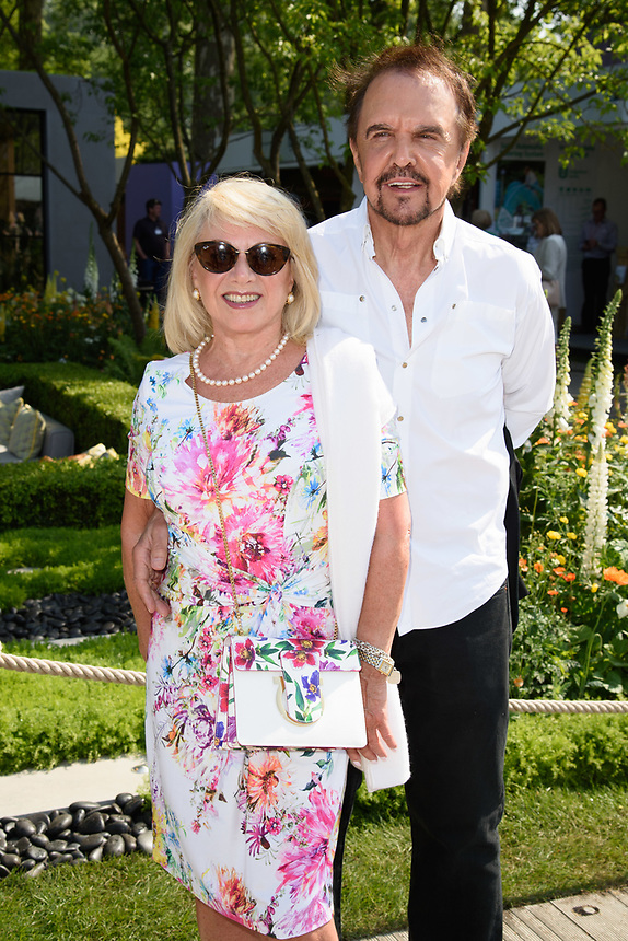 Elaine Paige<br /> at the Chelsea Flower Show 2018, London<br /> <br /> ©Ash Knotek  D3402  21/05/2018