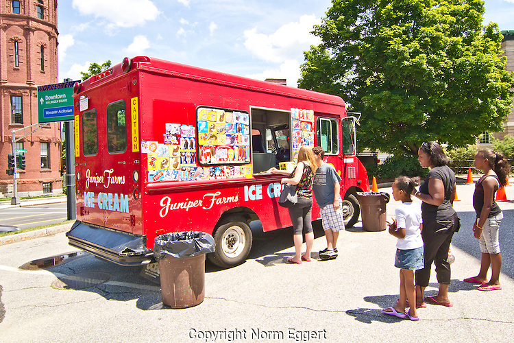 Juniper Farms food truck in Worcester, Massachusetts serving people outside