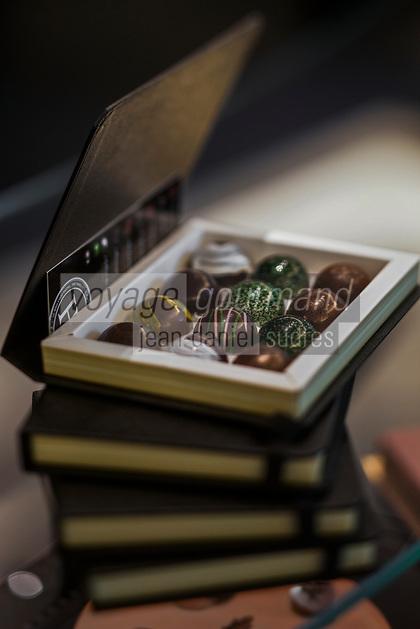 Europe/France/Ile-de-France/75/Paris: Pâtissier: Hugo et Victor Coffrets de Chocolats d'Hugo et Victor [Non destiné à un usage publicitaire - Not intended for an advertising use]