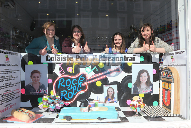 Cake Cature in West StreetPictured, Libby Coppinger, Aoife Collins, Shayleigh Maguire Mathew.Hazel Harrington.Picture: Picture Fran Caffrey www.newsfile.ie.