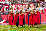 12.05.2018, Allianz Arena, Muenchen, GER, 1.FBL,  FC Bayern Muenchen vs. VfB Stuttgart, im Bild Die Bier Maedchen<br /> <br />  Foto &copy; nordphoto / Straubmeier