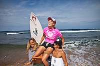 Stephanie Gilmore (AUS).  Haleiwa Hawaii, (Wednesday November 16, 2010) .In 26 years of Vans Triple Crown competition at Haleiwa, no-one can recall ever running three consecutive days, but that was the scenario today as a  rising swell poured in for the Women's Cholo's Hawaiian Pro  final. A crisp offshore breeze, clear skies and  smooth waves was the stage for the Cholo's Women's final won by defending Triple Crown Champion Stephanie Gilmore (AUS) with Tyler Wright (AUS) in 2nd, Alana Blanchard (HAW) in 3rd and Jacqueline Silva (BRA) in 4th place. All three place getters qualified for next years WCT Women's Tour..Photo: joliphotos.com