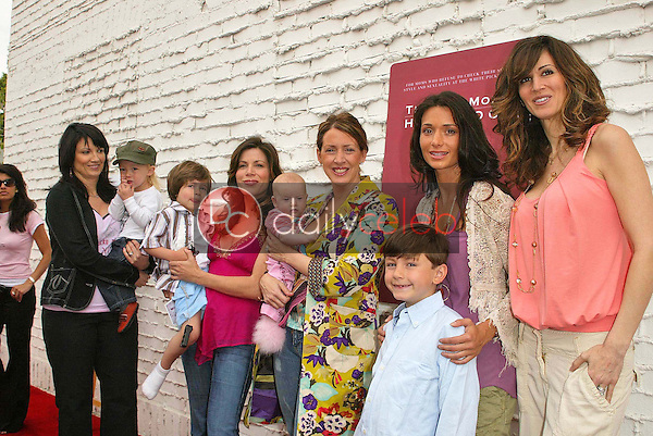 the Hot Moms<br />the Hot Mom's Club Book Launch Party. NanaÕs Garden, Los Angeles, CA. 04-29-06<br />Jason Kirk/DailyCeleb.com 818-249-4998