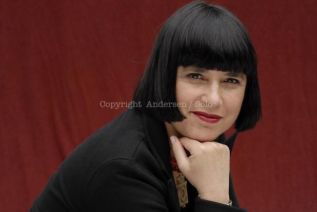 Eve Ensler in Paris, 2007.