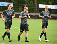20170722 - RIJEN , NETHERLANDS :  Laura Deloose (M) with Laura Deneve (L) and Julie Biesmans (R)  pictured during the training on the pitch of VV Rijen , The Netherlands PHOTO SPORTPIX.BE | DIRK VUYLSTEKE