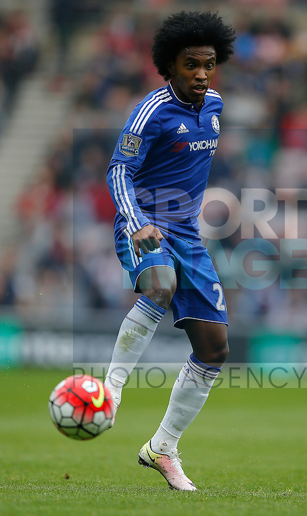 Willian of Chelsea during the Barclays Premier League match at the Stadium of Light, Sunderland. Photo credit should read: Simon Bellis/Sportimage