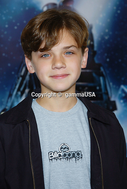 Hayden McFarland arriving at the Polar Express Premiere at The Grauman Chinese Theatre in Los Angeles. 11/07/2004.