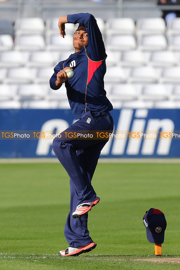 Kishen Velani of Essex warms up ahead of the start - Essex Eagles vs Essex Premier LeaguesXI - T20 Cricket Friendly Match at the Essex County Ground, Chelmsford, Essex - 13/05/15 - MANDATORY CREDIT: Gavin Ellis/TGSPHOTO - Self billing applies where appropriate - contact@tgsphoto.co.uk - NO UNPAID USE