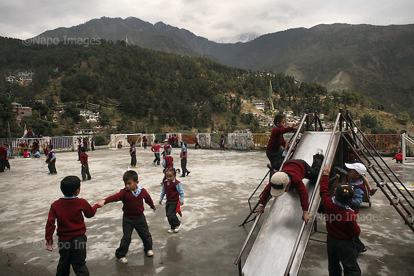 McLeod Ganj -  Dharamsala 15 October 2008 India.Kindergarten. McLeod Ganj is the headquaters of the Tibetan Government in Exile and the residence of His Holiness the 14th Dalai Lama. This is place of living for many Tibetan refugees. Photo Maciej Jeziorek/Napo Images.  Images.<br /> McLeod Ganj -  Dharamsala 15.10.2008 Indie. Nz. Przedszkole. Fot. Maciej Jeziorek/Napo Images