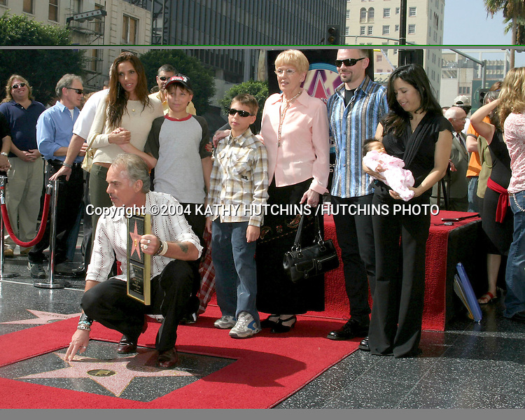 ©2004 KATHY HUTCHINS /HUTCHINS PHOTO.BILLY BOB THORNTON RECEIVES A STAR ON THE HOLLYWOOD WALK OF FAME.Los Angeles, CA.OCTOBER 7, 2004..BILLY BOB THORNTON.EX WIFE PIETRA CHERNIAK AND SONS WILLIAM AND HARRY.MOM VIRGINIA, BROTHER JOHN DAVID THORNTON.GIRLFRIEND CONNIE ANGLAND & DGHTR BELLA