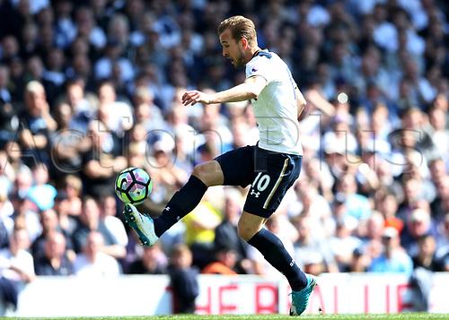 April 8th 2017,White Hart Lane, Tottenham, London, England; EPL Premier league football, Tottenham Hotspur versus Watford; Harry Kane of Tottenham Hotspur brings the ball forward