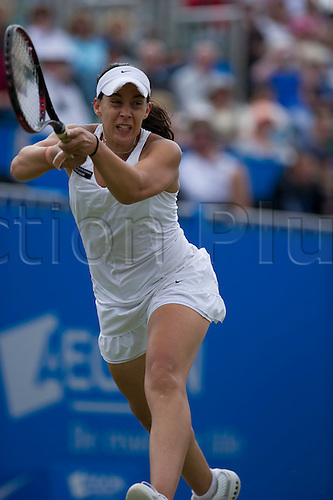 18th June 2010 Aegon International Tennis: Marion Bartoli of France playing Victoria Azarenka of BLR in the Semi final, Aegon International Tennis Tournament Eastbourne, Played at Devonshire Park, England. Bartoli lost 3-6  5-7