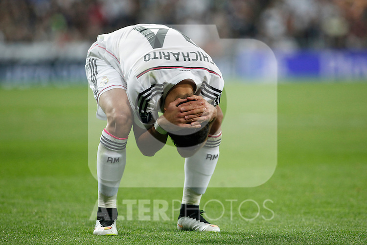 Real Madrid's Chicharito reacts during quarterfinal second leg Champions League soccer match at Santiago Bernabeu stadium in Madrid, Spain. April 22, 2015. (ALTERPHOTOS/Victor Blanco)