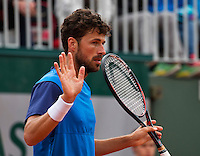 Paris, France, 23 june, 2016, Tennis, Roland Garros, Robin Haase (NED) excuses himself for a netball<br /> Photo: Henk Koster/tennisimages.com