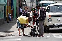 SÃO PAULO, 13 DE JANEIRO DE 2012 - CRACOLANDIA - AÇÃO POLICIAL - Policiais mantem a ação em combate contra o trafico de drogas na região central de São Paulo na tarde desta sexta-feira (13). (FOTOS: AMAURI NEHN/NEWS FREE)