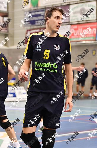 2016-10-14 / Volleybal / Seizoen 2016-2017 / Amigos Zoersel / Jonathan Devriese<br /> <br /> ,Foto: Mpics.be