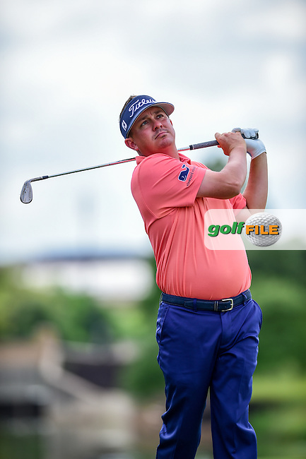 Jason Dufner (USA) hits his second shot on 4 during the round 1 of  the AT&amp;T Byron Nelson, TPC Four Seasons, Irving, Texas, USA. 5/19/2016.<br /> Picture: Golffile | Ken Murray<br /> <br /> <br /> All photo usage must carry mandatory copyright credit (&copy; Golffile | Ken Murray)