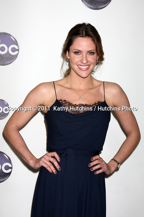 LOS ANGELES - JAN 10:  Jill wagner arrives at the Disney ABC Television Group's TCA Winter 2011 Press Tour Party at Langham Huntington Hotel on January 10, 2011 in Pasadena, CA