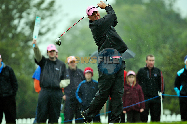 Peter Hanson tees off to start his second 9 holes the 1st tee during Round 2 of the 3 Irish Open on 15th May 2009 (Photo by Eoin Clarke/GOLFFILE)