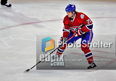 18 December 2008: Montreal Canadiens' center Robert Lang from the Czech Republic in action against the Philadelphia Flyers during the third period at the Bell Centre in Montreal, Quebec, Canada. The Canadiens, trying to avoid a four-game slide, defeated the Flyers 5-2, thus ending Philadelphia's 5-game winning streak. ***** Editorial Sales Only ***** Mandatory Photo Credit: Ed Wolfstein Photo