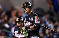 Se poncha Luis Alfonso Garcia , durante partido3 de beisbol entre Naranjeros de Hermosillo vs Mayos de Navojoa. Temporada 2016 2017 de la Liga Mexicana del Pacifico.<br /> © Foto: LuisGutierrez/NORTEPHOTO.COM