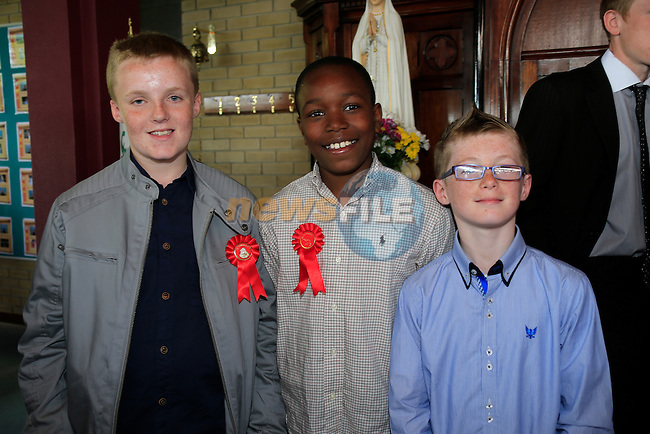 Sean Byrne, aretona Soda Michael Redmond at Confirmation in Holy Family Church.<br /> Picture: www.newsfile.ie