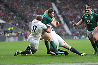 Garry Ringrose of Ireland closes in on the tryline as Joe Marler of England attempts to stop him during the NatWest 6 Nations match between England and Ireland at Twickenham Stadium on Saturday 17th March 2018 (Photo by Rob Munro/Stewart Communications)