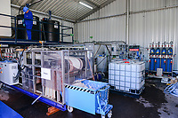 GERMANY, Hamburg Water sewage plant, urban mining pilot project of Remondis and Hamburg Water to recycle phosphorus acid from ash of burned sewage sludge, phosphoric acid is an important fertilizer in the agriculture and the natural resources are limited, filtration machine / DEUTSCHLAND Hamburg, Hamburg Wasser Klaerwerk Koehlbrandhoeft, URBAN MINING, Kreislaufwirtschaft, Remondis und HW Pilot Anlage zur Gewinnung von Phosphorsaeure aus der Asche von verbrannten Klaerschlaemmen, Phosphorsaeure kann als Duenger in der Landwirtschaft wieder eingesetzt werden, Filtrationsanlage