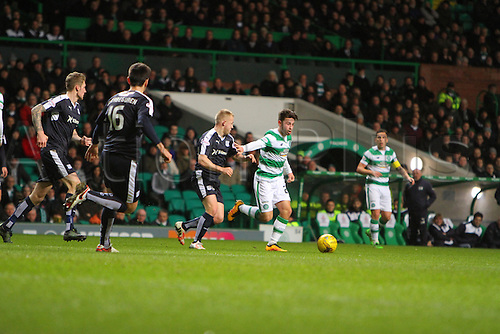02.03.2016. Celtic Park, Glasgow, Scotland. Scottish Premier League. Celtic versus Dundee. Patrick Roberts looks for space and shot across the top of the Dundee box