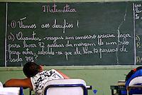 Sala de aula em escola no Quilombo Ivaporunduva. Vale do Ribeira. Sao Paulo. 2014. Foto de Lineu Kohatsu