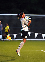 Kansas City, MO - Saturday May 07, 2016: Houston Dash goalkeeper Lydia Williams (18) against FC Kansas City  during a regular season National Women's Soccer League (NWSL) match at Swope Soccer Village. Houston won 2-1.
