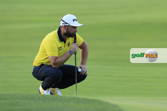 Andy Sullivan (ENG) on the 8th green during Friday's Round 2 of the 2016 U.S. Open Championship held at Oakmont Country Club, Oakmont, Pittsburgh, Pennsylvania, United States of America. 17th June 2016.<br /> Picture: Eoin Clarke | Golffile<br /> <br /> <br /> All photos usage must carry mandatory copyright credit (&copy; Golffile | Eoin Clarke)