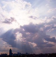 TYNDALL EFFECT: CLOUDS<br />