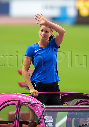 27.08.2016. Paris France. IAAF Athletics meeting.  Dafne Schippers ( 200m for women ) on the drivers parade