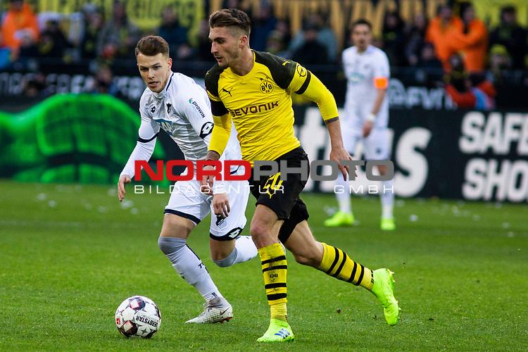 09.02.2019, Signal Iduna Park, Dortmund, GER, 1.FBL, Borussia Dortmund vs TSG 1899 Hoffenheim, DFL REGULATIONS PROHIBIT ANY USE OF PHOTOGRAPHS AS IMAGE SEQUENCES AND/OR QUASI-VIDEO<br /> <br /> im Bild | picture shows:<br /> Maximilian Philipp (Borussia Dortmund #20) im Duell mit Dennis Geiger (Hoffenheim #8),  <br /> <br /> Foto © nordphoto / Rauch