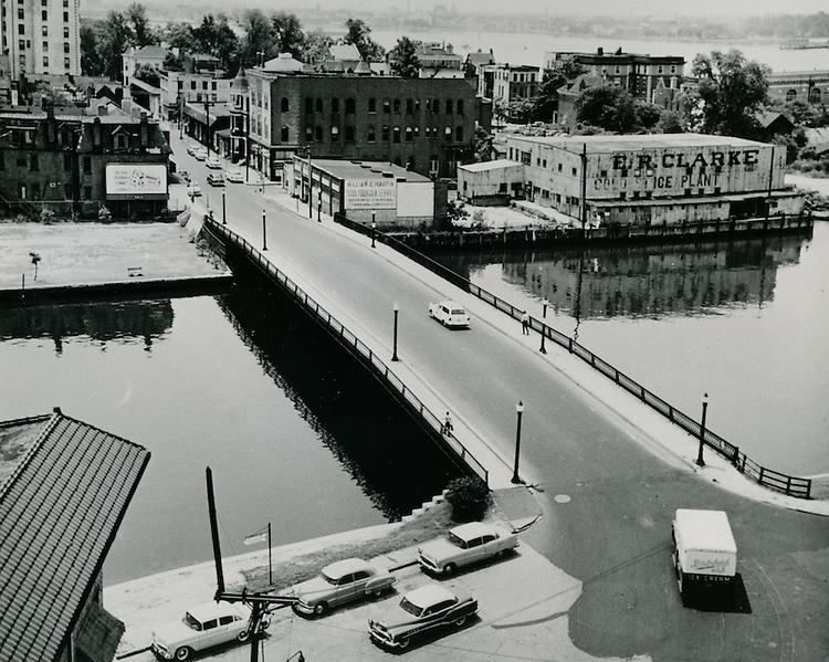 UNDATED..Historical Ghent      ..Botetourt Street Old Bridge...NEG#..