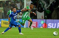 MEDELLÍN - COLOMBIA, 26-01-2019: Yerson Candelo de Atlético Nacional disputa el balón con David Gómez de Once Caldas, durante partido de la fecha 1 entre Atlético Nacional y Once Caldas, por la Liga Águila I 2019, jugado en el estadio Atanasio Girardot de la ciudad de Medellín. / Yerson Candelo of Atletico Nacional vies for the ball with David Gomez of Once Caldas, during a match of the 1st date between Atletico Nacional and Once Caldas for the Aguila League I 2019, played at Atanasio Girardot stadium in Medellin city. Photo: VizzorImage / León Monsalve / Cont.
