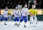 Stockholm 2013-11-08 Bandy Elitserien Hammarby IF - Villa Lidk&ouml;ping BK :  <br /> Villa Lidk&ouml;ping Linus R&ouml;nnqvist med lagkamrater efter matchen<br /> (Foto: Kenta J&ouml;nsson) Nyckelord: