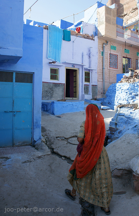 woman in the streets of Jodhpur,, Rajastan, India